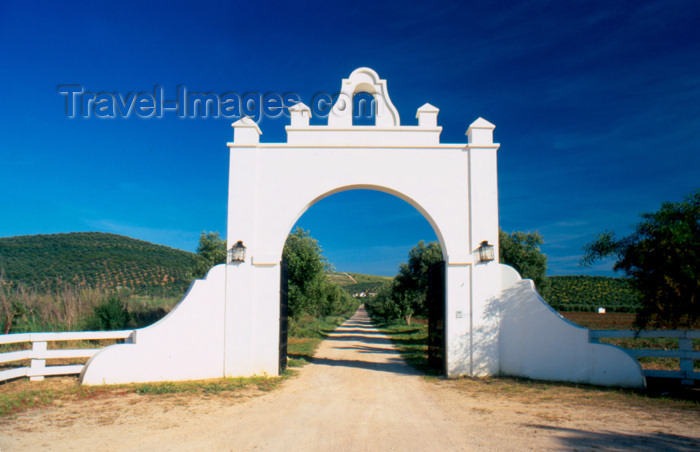 spai276: Spain - Cadiz - Gate of an Andalusian farm - photo by K.Strobel - (c) Travel-Images.com - Stock Photography agency - Image Bank