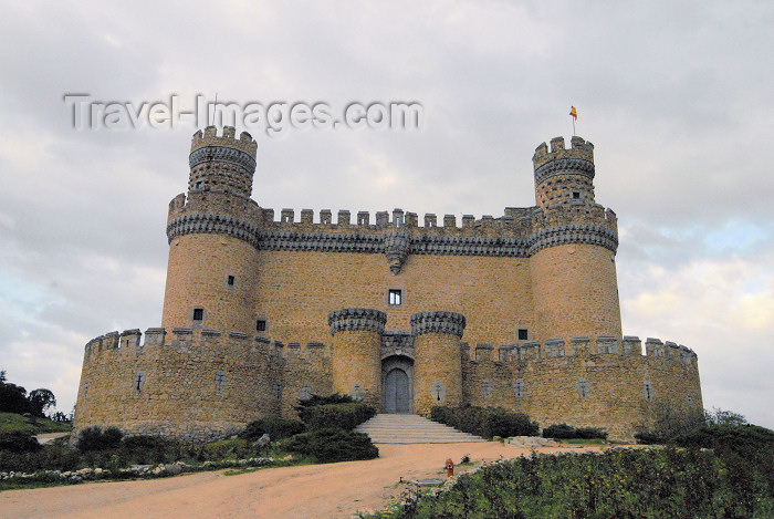 spai337: Spain / España - Manzanares el Real: Castle of the Mendoza / castillo de los Mendoza - fachada principal - photo by M.Torres - (c) Travel-Images.com - Stock Photography agency - Image Bank