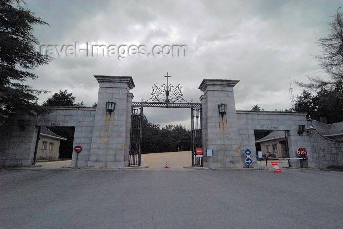spai338: Spain / España - Monumento Nacional de Santa Cruz del Valle de los Caidos - entrance - photo by M.Torres - (c) Travel-Images.com - Stock Photography agency - Image Bank