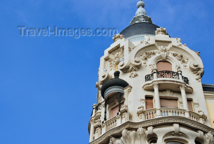 spai438: Madrid, Spain: Casa Gallardo - Plaza de España, Calle de Ferraz - photo by M.Torres - (c) Travel-Images.com - Stock Photography agency - Image Bank