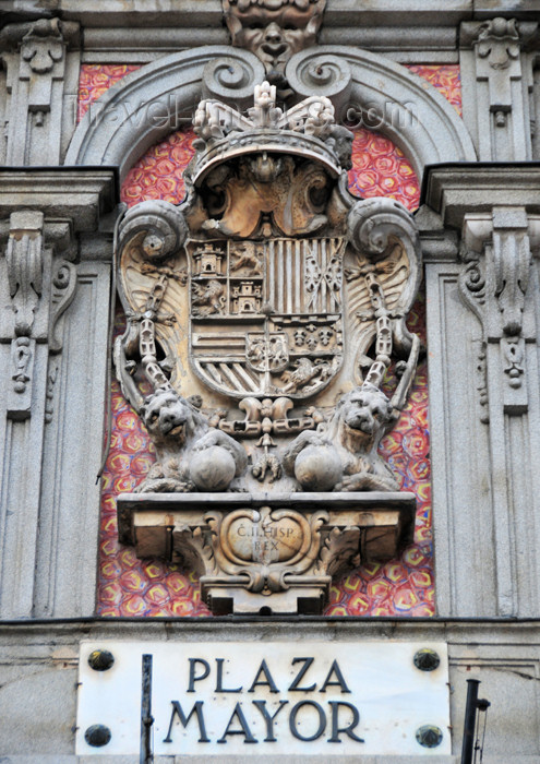 spai440: Spain / España - Madrid: Plaza Mayor - Casa de la Panadería - Spanish coat of arms from the time of Carlos II  - photo by M.Torres - (c) Travel-Images.com - Stock Photography agency - Image Bank