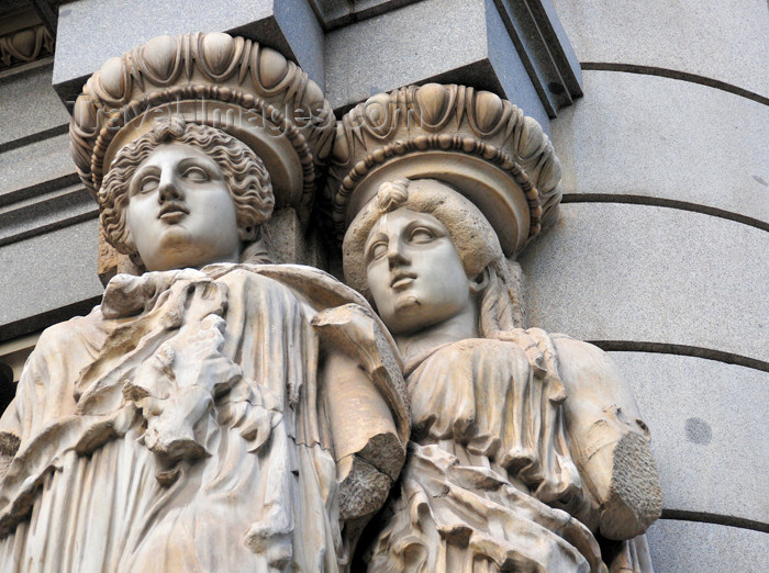 spai457: Madrid, Spain: Calle de Alcalá - caryatids at Instituto Cervantes, former building of the Banco Central Hispano - designed by the Galician architect Antonio Palacios - photo by M.Torres - (c) Travel-Images.com - Stock Photography agency - Image Bank