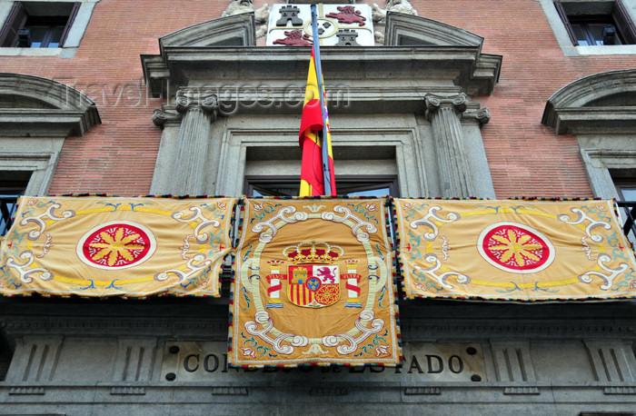 spai458: Madrid, Spain: balcony of the Consejo de Estado - Calle Mayor - Palacio de la Uceda / Palacio de los Consejos - photo by M.Torres - (c) Travel-Images.com - Stock Photography agency - Image Bank