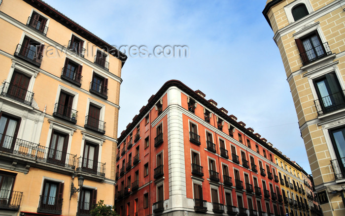 spai461: Madrid, Spain: Calle Mayor, entrance to Calle de San Nicolás - photo by M.Torres - (c) Travel-Images.com - Stock Photography agency - Image Bank