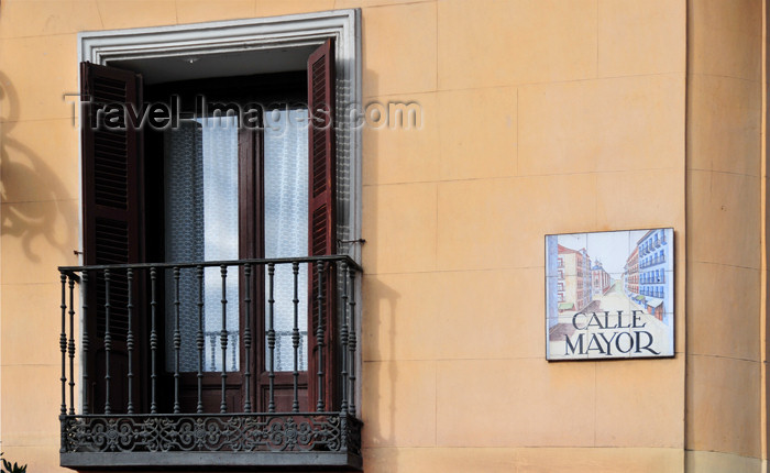 spai462: Madrid, Spain: Calle Mayor street sign - letrero de la Calle Mayor - photo by M.Torres - (c) Travel-Images.com - Stock Photography agency - Image Bank