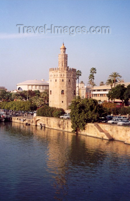 spai56: Spain / España - Sevilla / Seville/SVQ: the Guadalquivir and the Torre del Oro - photo by M.Torres - (c) Travel-Images.com - Stock Photography agency - Image Bank