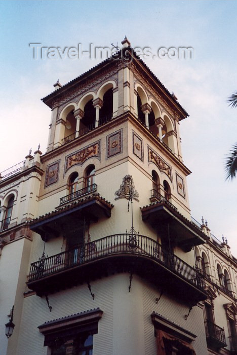 spai59: Spain / España - Sevilla / Seville/SVQ: classical hotel - photo by M.Torres - (c) Travel-Images.com - Stock Photography agency - Image Bank