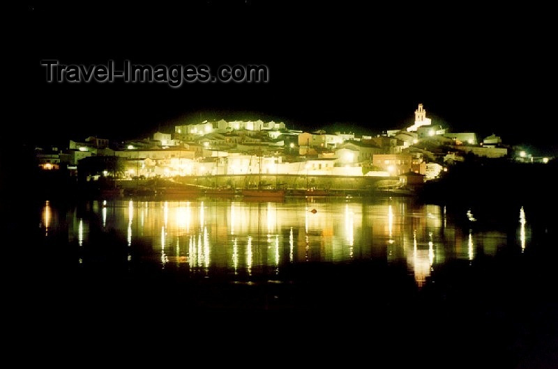 spai61: Spain / España - Sanlucar de Guadiana (provincia de Huelva) : from Alcoutim - at night - photo by M.Torres - (c) Travel-Images.com - Stock Photography agency - Image Bank