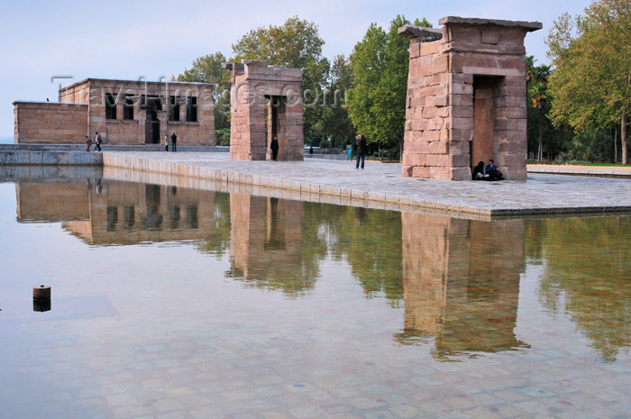 spai9: Spain / España - Madrid: Egyptian temple of Debod, brought from Aswan - built by Pharaoh Zakheramon - Parque del Oeste - photo by M.Torres - (c) Travel-Images.com - Stock Photography agency - Image Bank