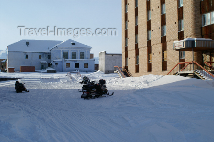 svalbard93: Svalbard - Spitsbergen island - Pyramiden: Hotel Pyramiden - photo by A.Ferrari - (c) Travel-Images.com - Stock Photography agency - Image Bank