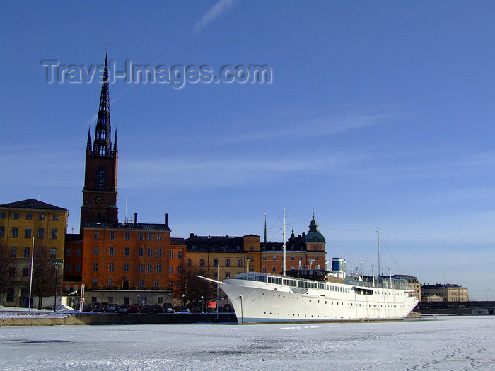 sweden154: Stockholm, Sweden: Riddarholmen and boat seen from the ice - photo by M.Bergsma - (c) Travel-Images.com - Stock Photography agency - Image Bank