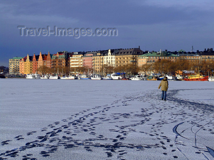 sweden163: Stockholm, Sweden: Riddarfiärden - ice - photo by M.Bergsma - (c) Travel-Images.com - Stock Photography agency - Image Bank