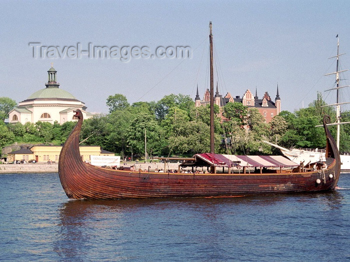 sweden36: Sweden - Stockholm: drakkar - viking ship (photo by M.Bergsma) - (c) Travel-Images.com - Stock Photography agency - Image Bank