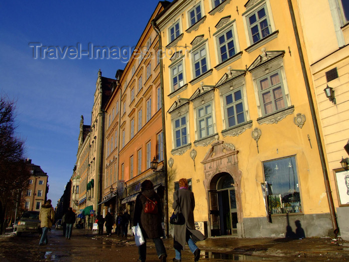sweden64: Sweden - Stockholm: façades of the old town - Gamla Stan (photo by M.Bergsma) - (c) Travel-Images.com - Stock Photography agency - Image Bank