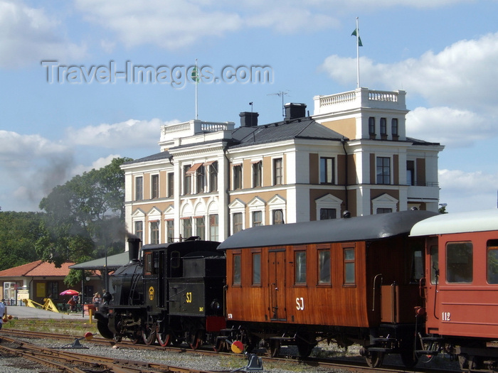 sweden94: Vastervik, Kalmar län, Sweden: Steam Train arriving at the station - photo by A.Bartel - (c) Travel-Images.com - Stock Photography agency - Image Bank