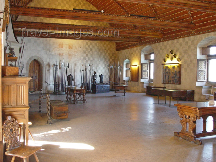 switz177: Switzerland - Suisse - Montreux: Chateau de Chillon - exhibition (photo by Christian Roux) - (c) Travel-Images.com - Stock Photography agency - Image Bank