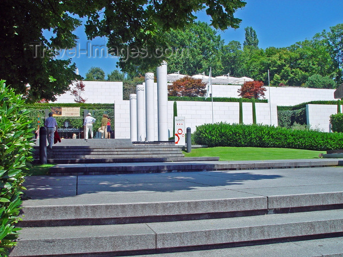 switz191: Switzerland - Suisse -Lausanne: Olympic museum - gardens / musee olympique - photo by C.Roux - (c) Travel-Images.com - Stock Photography agency - Image Bank