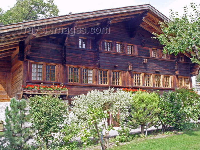 switz200: Rossiniere, Vaud - Switzerland - Suisse: quintessential Swiss chalet - wooden dwelling - photo by C.Roux - (c) Travel-Images.com - Stock Photography agency - Image Bank