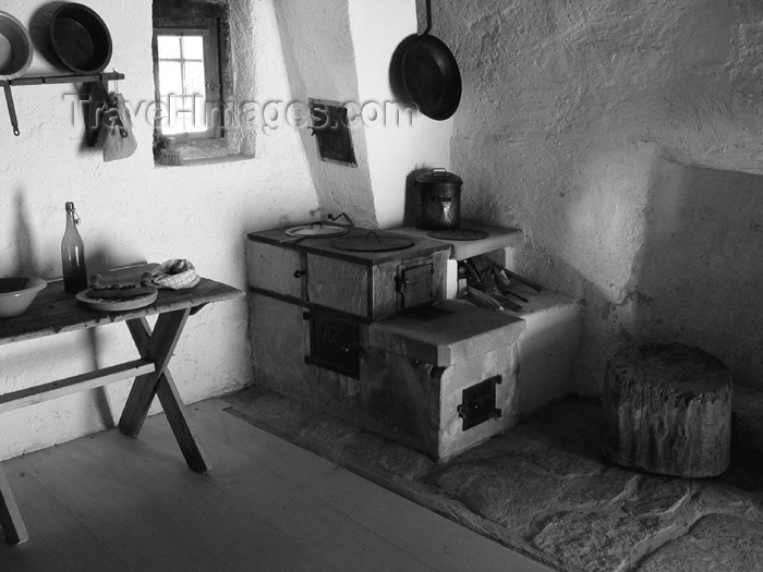 switz221: Ballenberg - open air museum: kitchen - 1825 - Graubünden - photo by C.Roux - (c) Travel-Images.com - Stock Photography agency - Image Bank