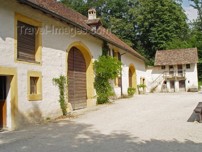 switz230: Ballenberg - open air museum: 18th century buildings - Genève - photo by C.Roux - (c) Travel-Images.com - Stock Photography agency - Image Bank