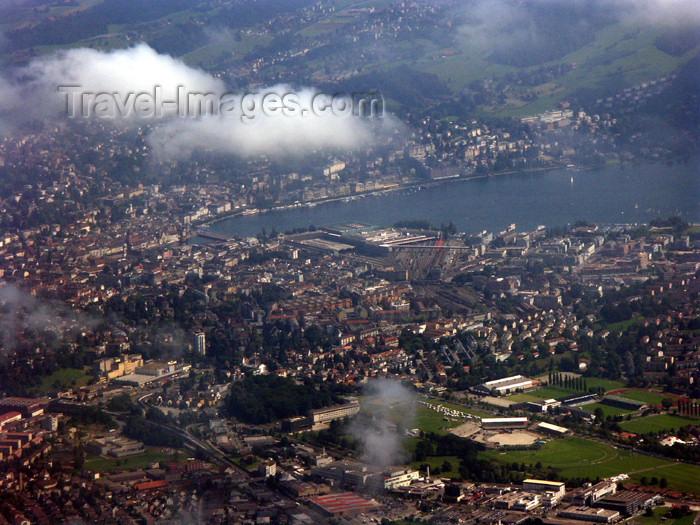 switz273: Switzerland / Suisse / Schweiz / Svizzera - Mt Pilatus: the city of Luzern from the summit / vue plongeante sur le Lucern - photo by C.Roux - (c) Travel-Images.com - Stock Photography agency - Image Bank