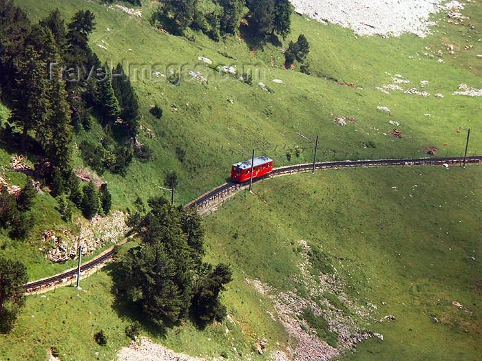 switz278: Switzerland / Suisse / Schweiz / Svizzera - Mt Pilatus: train on mountain side / train à flan de montagne - photo by C.Roux - (c) Travel-Images.com - Stock Photography agency - Image Bank