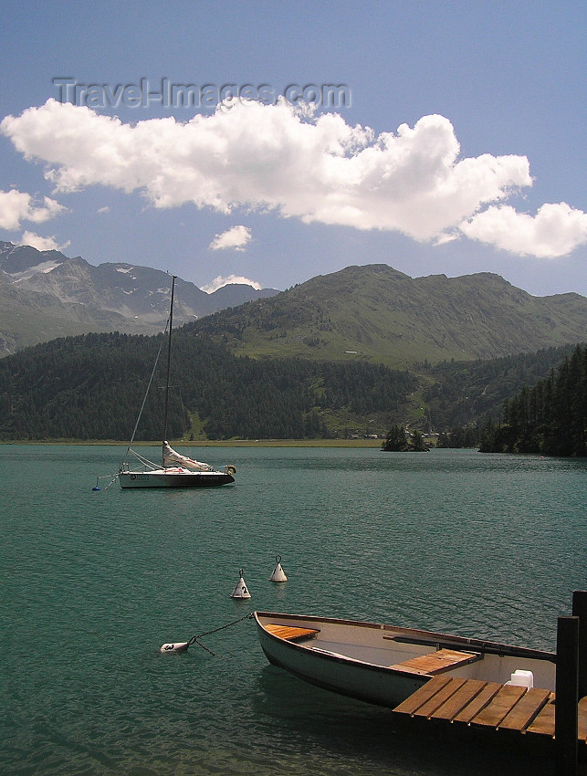 switz326: Switzerland - Maloja / Maloggia - Graubünden / Grigioni canton - mountains and Lake Silvaplana / Silvaplanersee - photo by J.Kaman - (c) Travel-Images.com - Stock Photography agency - Image Bank