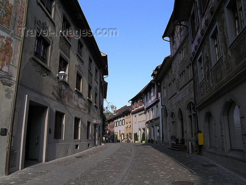 switz342: Switzerland - Stein am Rhein - canton of Schaffhausen: medieval centre - cobbled street - decorated façades - photo by J.Kaman - (c) Travel-Images.com - Stock Photography agency - Image Bank