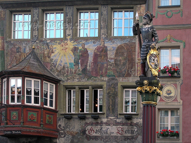 switz348: Switzerland - Stein am Rhein - canton of Schaffhausen: soldier - Stadt- or Marktbrunnen - façade of Gasthof zur - Half-timbered, painted and with a gazebo - photo by J.Kaman - (c) Travel-Images.com - Stock Photography agency - Image Bank