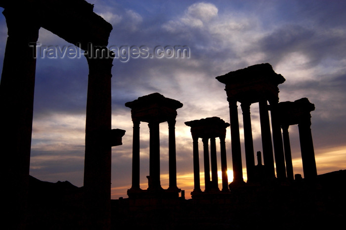 syria178: Syria - Palmyra: Tetrapylon - silhouette at sunset - photo by J.Wreford - (c) Travel-Images.com - Stock Photography agency - Image Bank