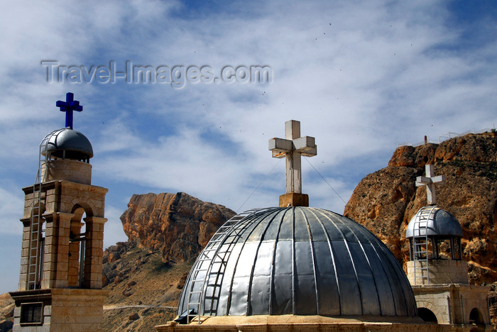 syria280: Maaloula - Rif Dimashq governorate, Syria: Mar Taqla - domes - photo by M.Torres / Travel-Images.com  - (c) Travel-Images.com - Stock Photography agency - Image Bank