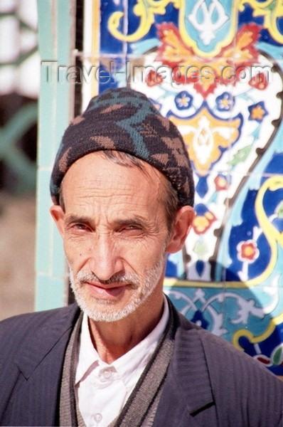 syria62: Syria - Damascus / Dimashq / Damas / Damasco / Damaskus / Sam: Shia Muslim faithful at a mosque - people of the Middle East - photo by J.Kaman - (c) Travel-Images.com - Stock Photography agency - Image Bank