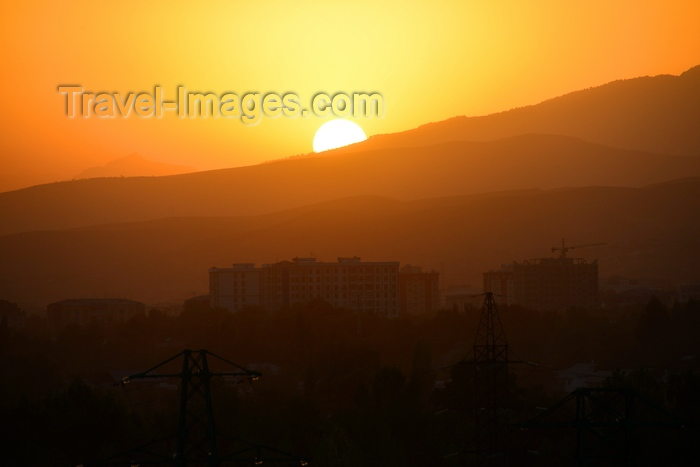 tajikistan45: Dushanbe, Tajikistan: sunset over the mountains - photo by M.Torres - (c) Travel-Images.com - Stock Photography agency - Image Bank
