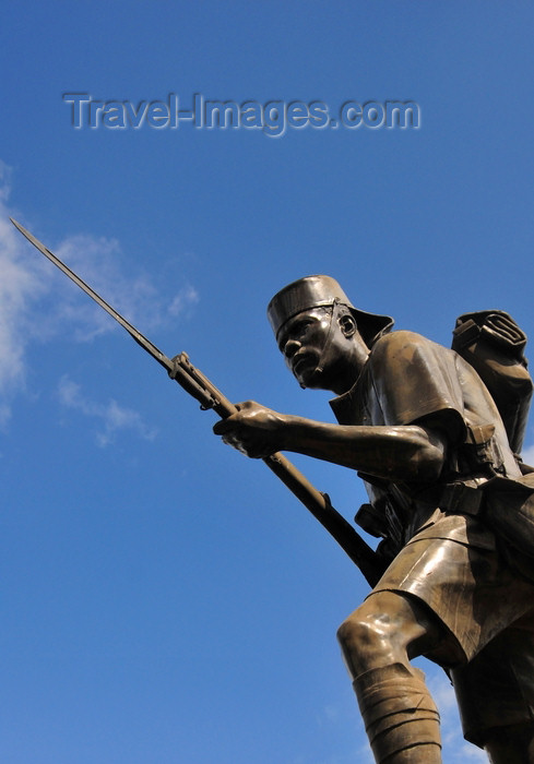 tanzania13: Dar es Salaam, Tanzania: Askari Monument, replaced the statue of a great German explorer, Major Herman Von Wissmann - Azikiwe Street - photo by M.Torres - (c) Travel-Images.com - Stock Photography agency - Image Bank