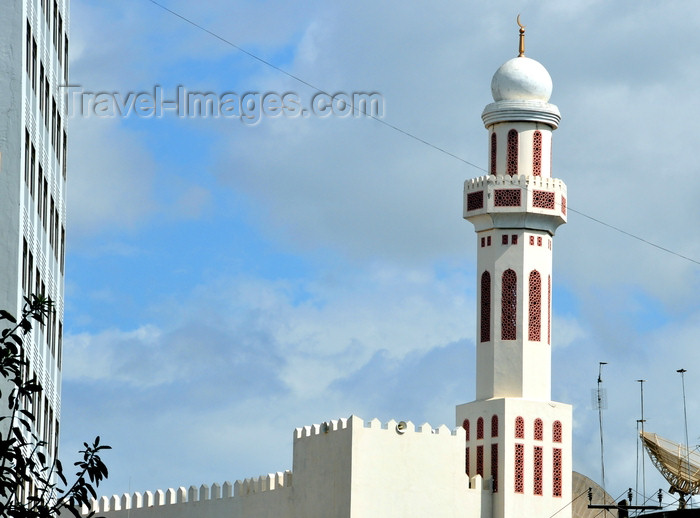 tanzania15: Dar es Salaam, Tanzania: Friday Mosque - Mosque Street - photo by M.Torres - (c) Travel-Images.com - Stock Photography agency - Image Bank