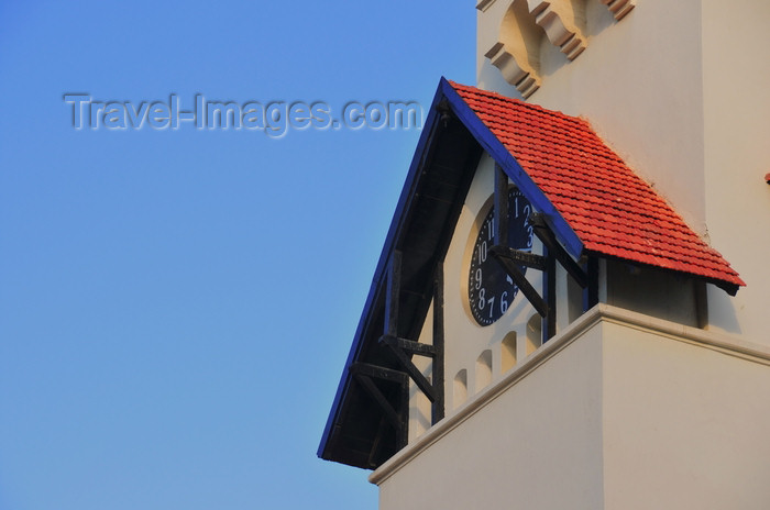 tanzania196: Dar es Salaam, Tanzania: Azania Front Lutheran Church - clock - corner of Sokoine Drive and Azikiwe Street, Kivukoni front - photo by M.Torres - (c) Travel-Images.com - Stock Photography agency - Image Bank