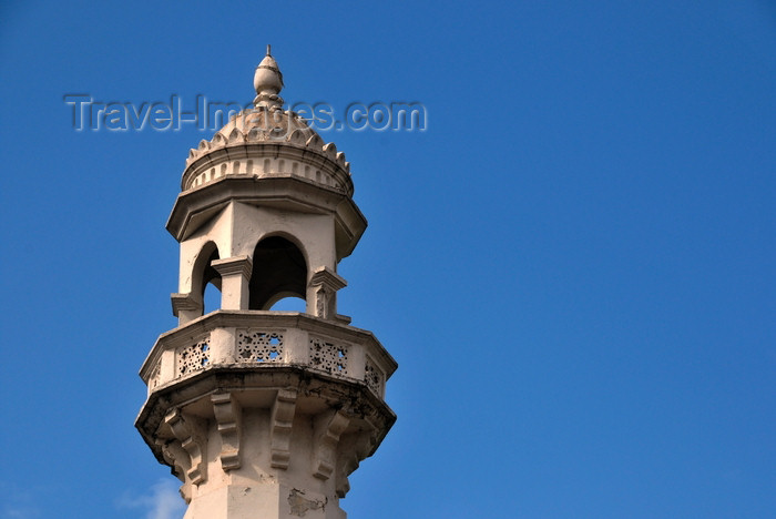 tanzania23: Dar es Salaam, Tanzania: minaret - Dawoodi Bohra mosque - a Mustaali subsect of Ismaili Shia Islam - Kaluta st - photo by M.Torres - (c) Travel-Images.com - Stock Photography agency - Image Bank