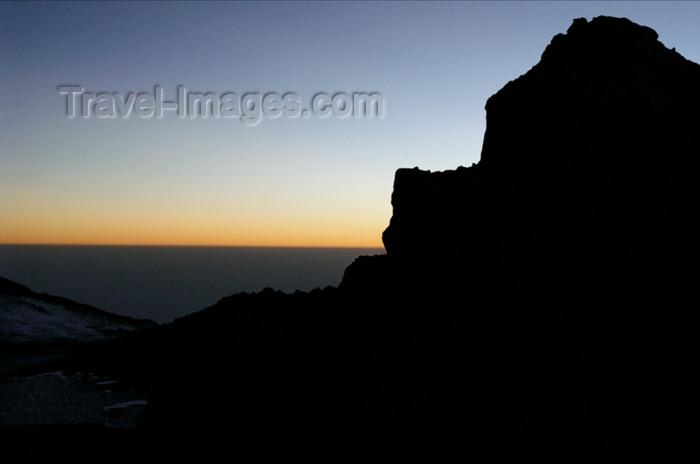 tanzania67: Tanzania - Kilimanjaro NP: Marangu Route - day 5 - Mount Kilimanjaro, morning light on the way up to the Kibo crater - photo by A.Ferrari - (c) Travel-Images.com - Stock Photography agency - Image Bank