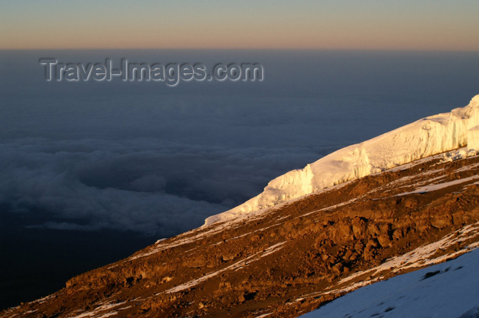 tanzania73: Tanzania - Kilimanjaro NP: Marangu Route - day 5 - Mount Kilimanjaro, a sea of clouds and glaciers in the morning light - photo by A.Ferrari - (c) Travel-Images.com - Stock Photography agency - Image Bank