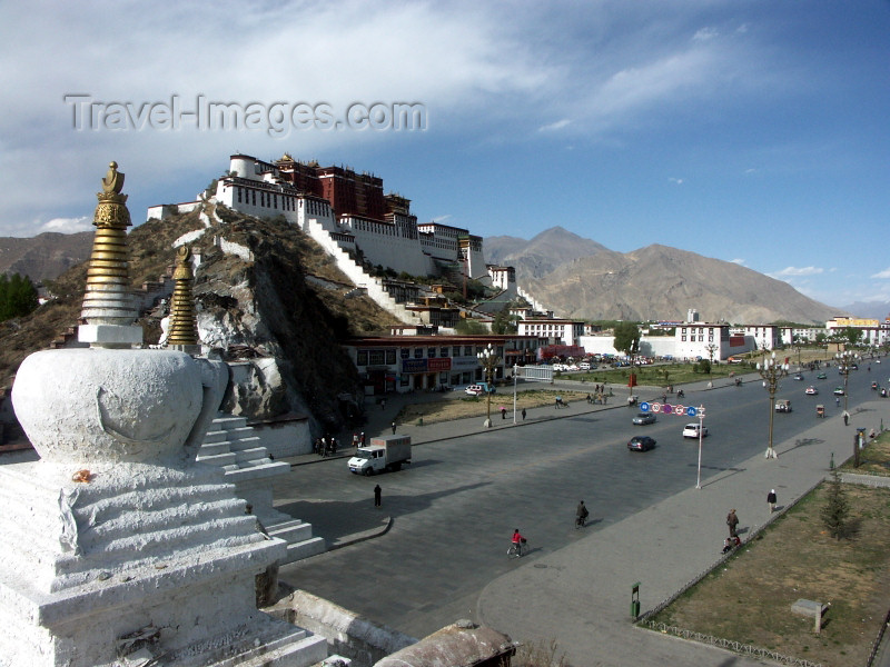 tibet17: Tibet - Lhasa: the Potala Palace, Zhol square and stupas - photo by P.Artus - (c) Travel-Images.com - Stock Photography agency - Image Bank