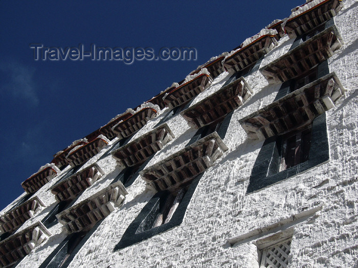 tibet20: Tibet - Lhasa: windows of Potala Palace - photo by M.Samper - (c) Travel-Images.com - Stock Photography agency - Image Bank