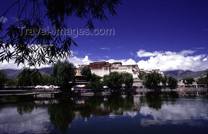tibet86: Lhasa, Tibet: Potala Palace, water and sky - photo by Y.Xu - (c) Travel-Images.com - Stock Photography agency - Image Bank