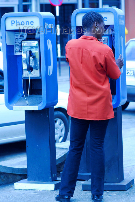 trinidad-tobago59: Port of Spain, Trinidad: phone booths - photo by E.Petitalot - (c) Travel-Images.com - Stock Photography agency - Image Bank