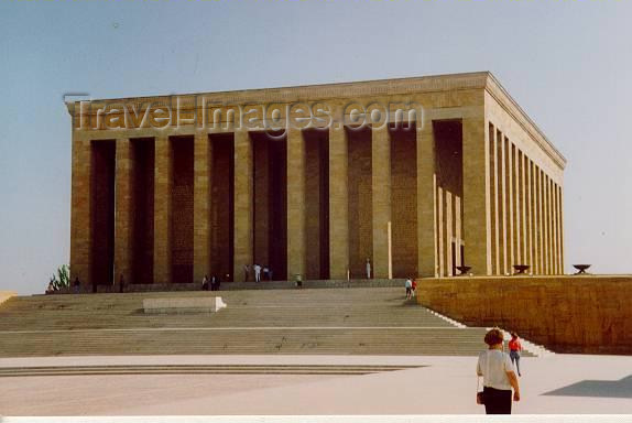 turkey1: Turkey - Ankara-Anittepe: Kemal Ataturk Memorial - designed by Prof. Emin Onat - Anitkabir - photo by M.Torres - (c) Travel-Images.com - Stock Photography agency - Image Bank