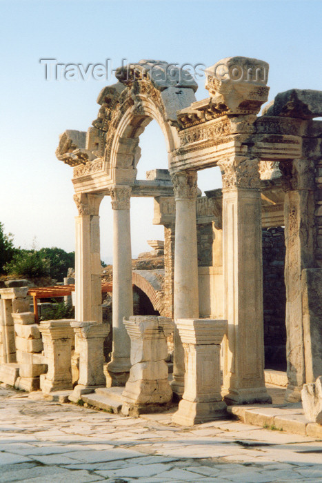 turkey10: Turkey - Efes / Ephesus: Hadrian's temple - photo by M.Torres - (c) Travel-Images.com - Stock Photography agency - Image Bank