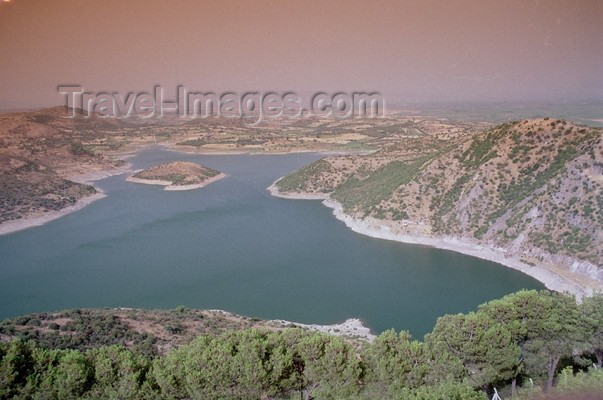 turkey109: Turkey - Bergama / Pergamon / Pergamum (Izmir province): lake view - photo by J.Kaman - (c) Travel-Images.com - Stock Photography agency - Image Bank