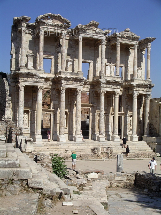turkey11: Turkey - Efes / Ephesus / Ephesos / Selcuk (Izmir province): Library of Proconsul Celsus - photo by R.Wallace - (c) Travel-Images.com - Stock Photography agency - Image Bank