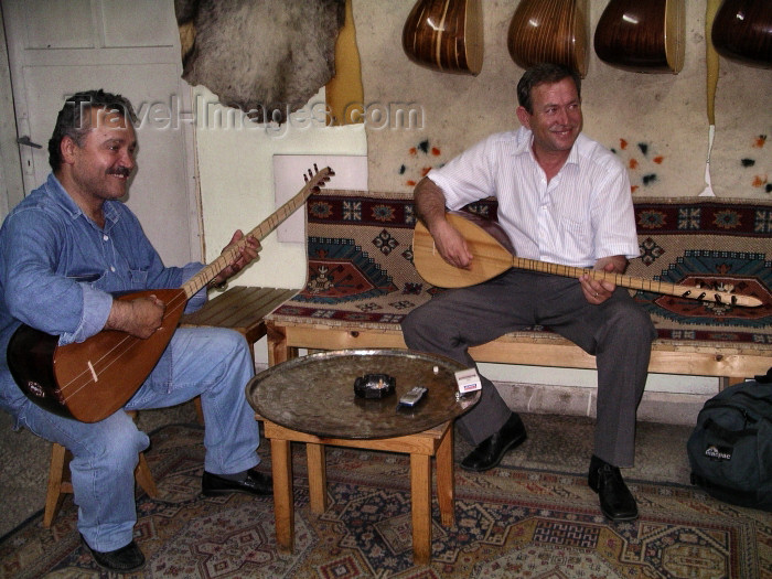 turkey147: Turkey - Bursa: sas players - musicians - photo by R.Wallace - (c) Travel-Images.com - Stock Photography agency - Image Bank