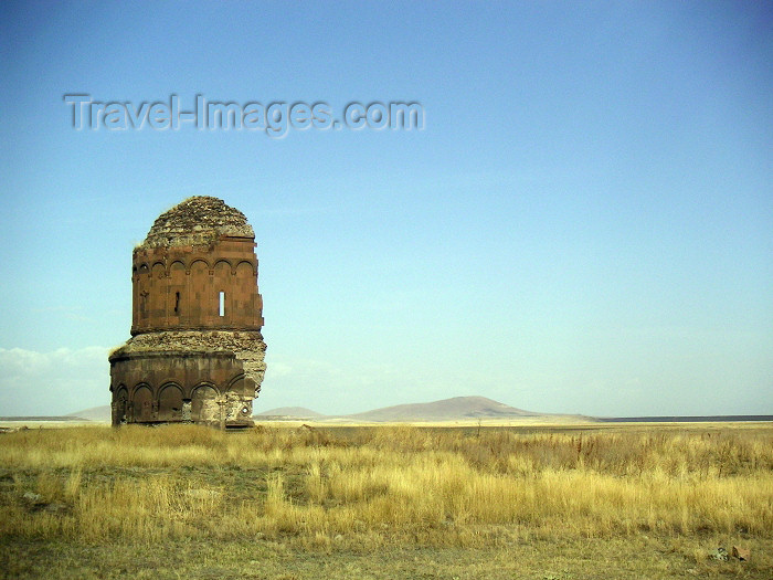 turkey168: Turkey - Ani (Kars province / Western Armenia): Armenian Church of of the Redeemer - split in two by a lightning in 1957 - fields - photo by A.Kilroy - (c) Travel-Images.com - Stock Photography agency - Image Bank