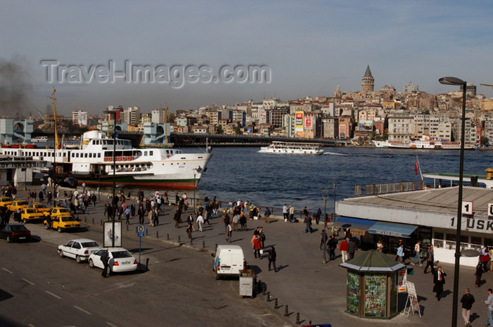 turkey199: Istanbul, Turkey: the golden horn - photo by J.Wreford - (c) Travel-Images.com - Stock Photography agency - Image Bank